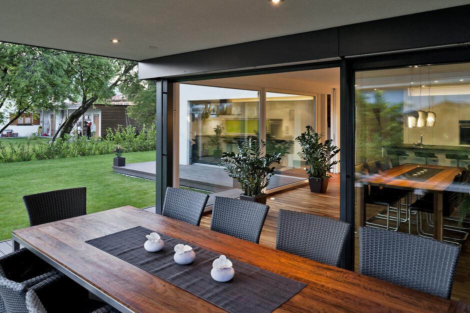 Moderne innenarchitektur einfamilienhaus artownit for for Innenarchitektur einfamilienhaus
